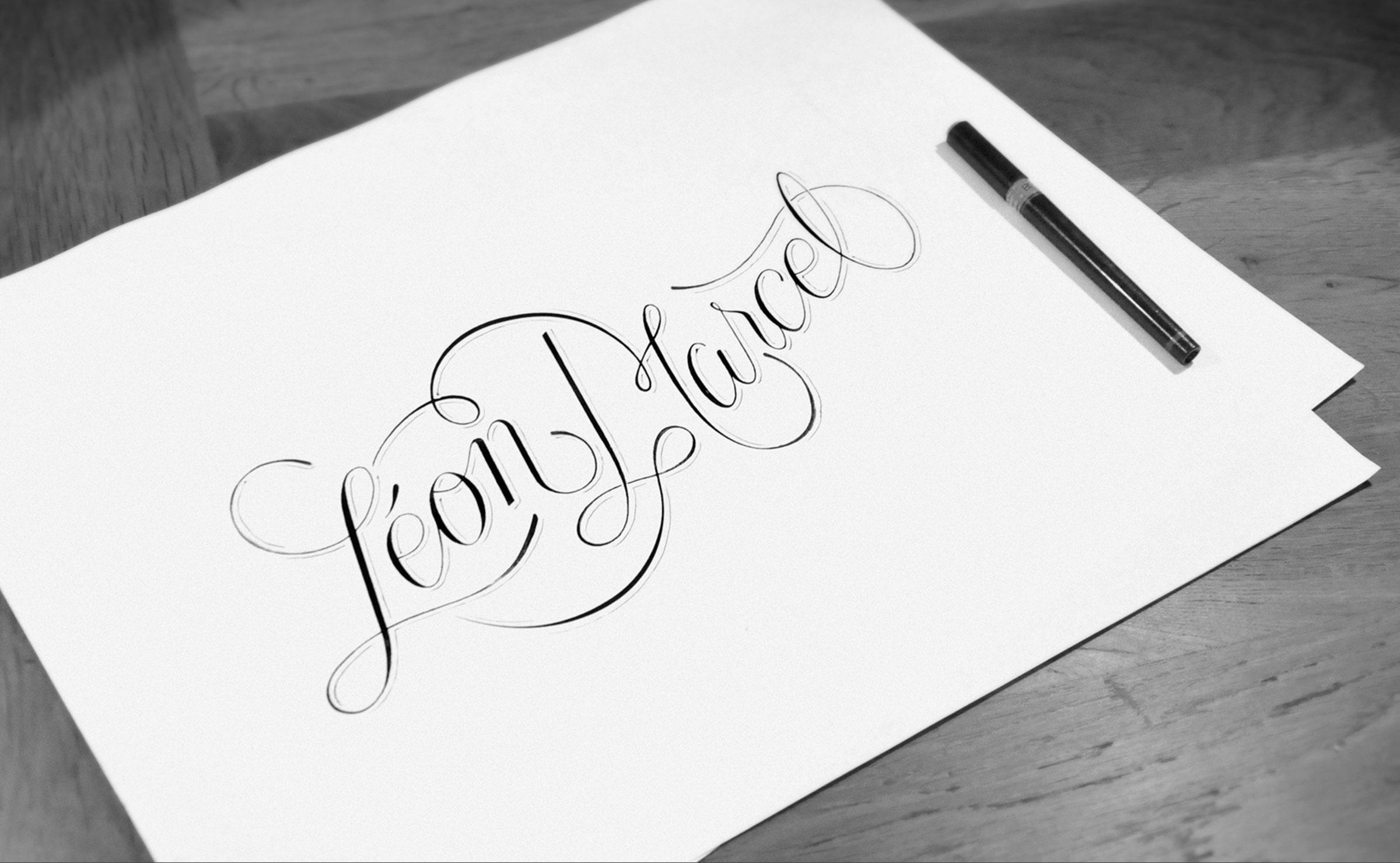logo-photo-grey